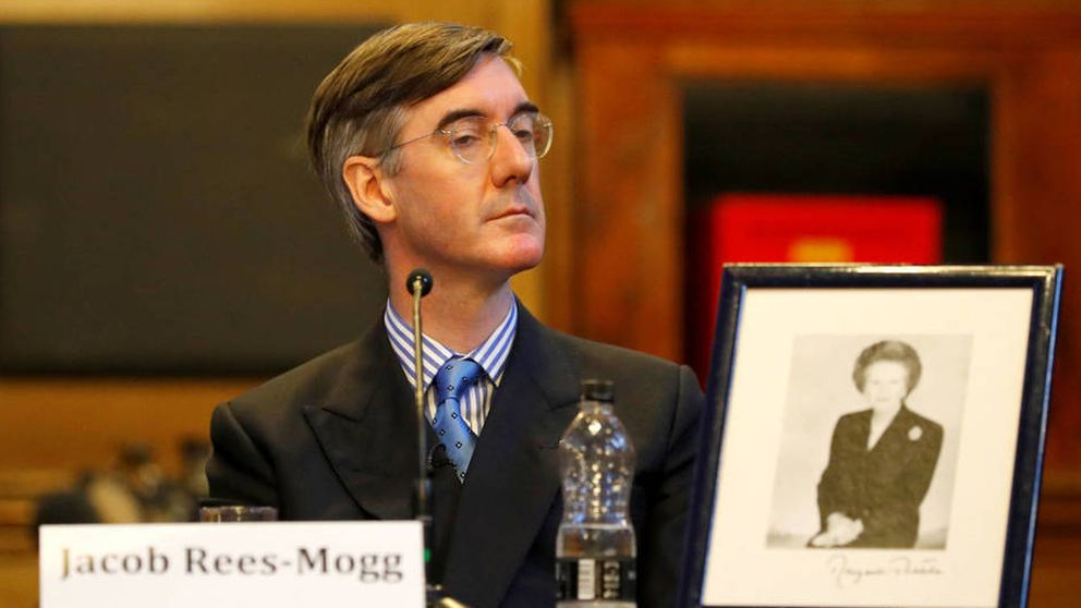 Jacob Rees-Mogg, el excéntrico antieuropeo que quiere tumbar a May