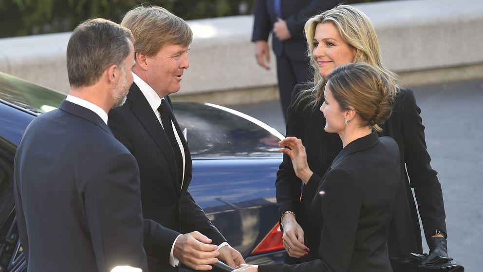 Funeral por Kardam en Madrid: repóquer de reinas en Los Jerónimos