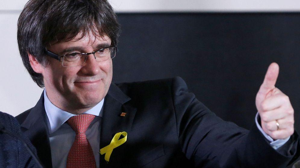 Foto: Carles Puigdemont tras conocer los resultados electorales. (Foto: Reuters)