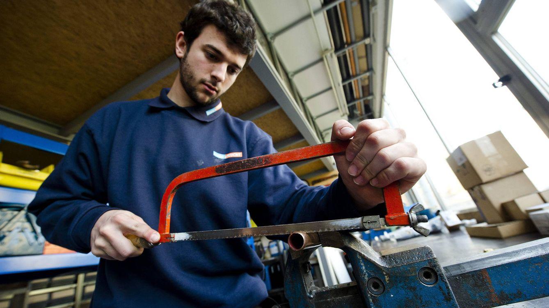 Los jóvenes sin estudios serán expulsados del mercado laboral dentro de 10 años