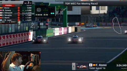 Fernando Alonso gana al Gran Turismo (en carreras locas) a sus compañeros de Toyota