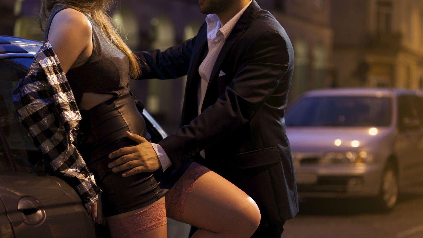 monjas se hacen pasar por prostitutas adolescentes con prostitutas