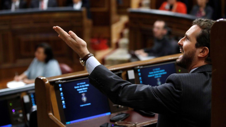Pablo Casado, secretario general del PP, este domingo en el Congreso. (EFE)