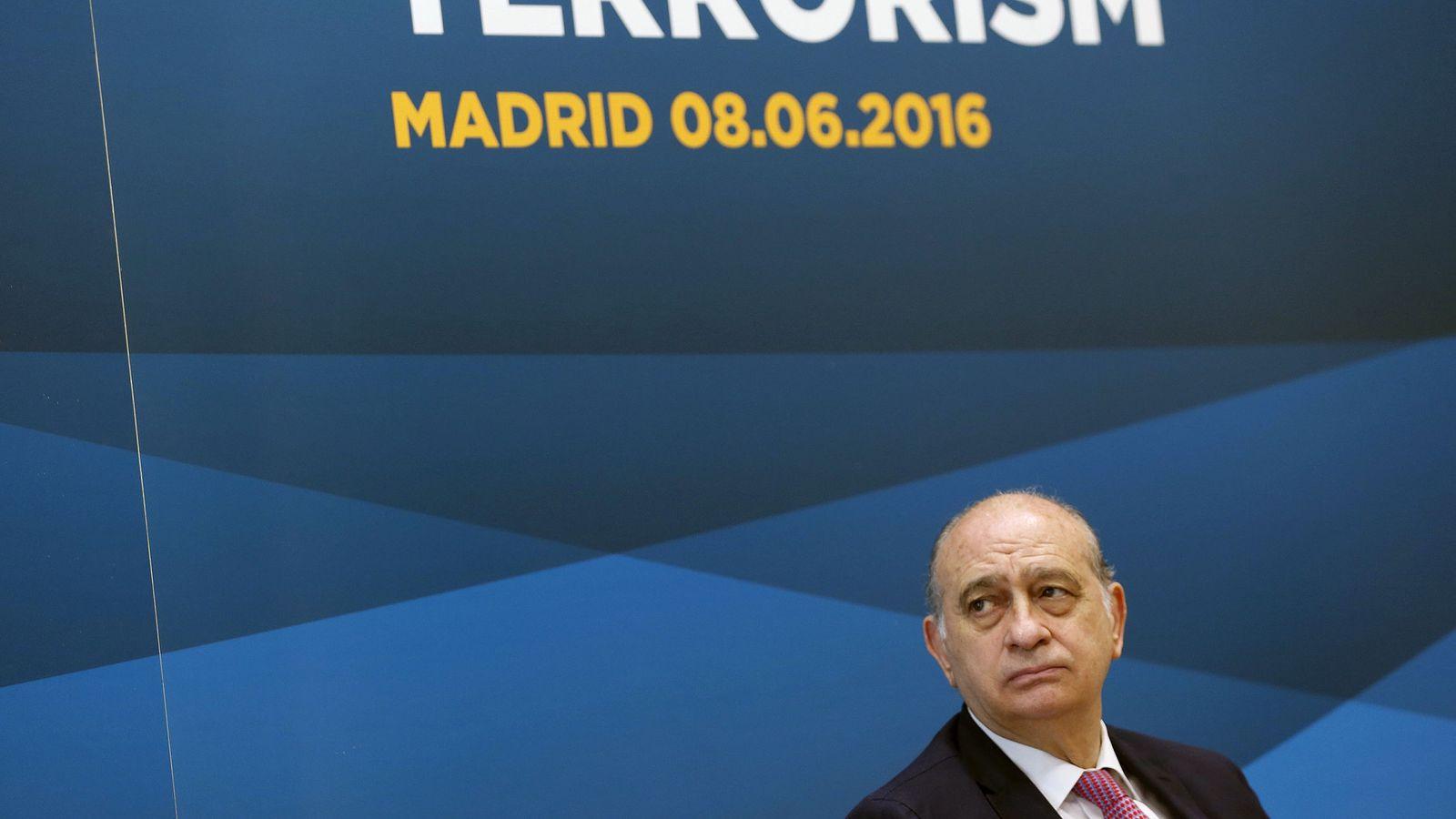 """Foto: La Policía hace """"un barrido"""" en Interior para investigar quién grabó al ministro (Efe)."""