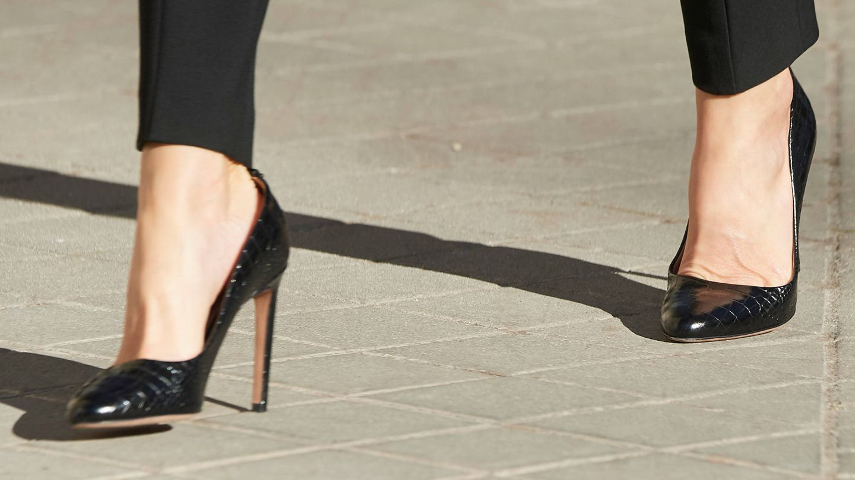 Los zapatos de la Reina. (Limited Pictures)