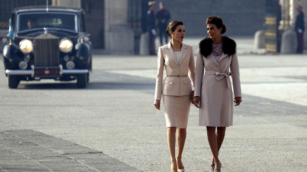Foto: Letizia y Juliana Awada, en Madrid. (EFE)