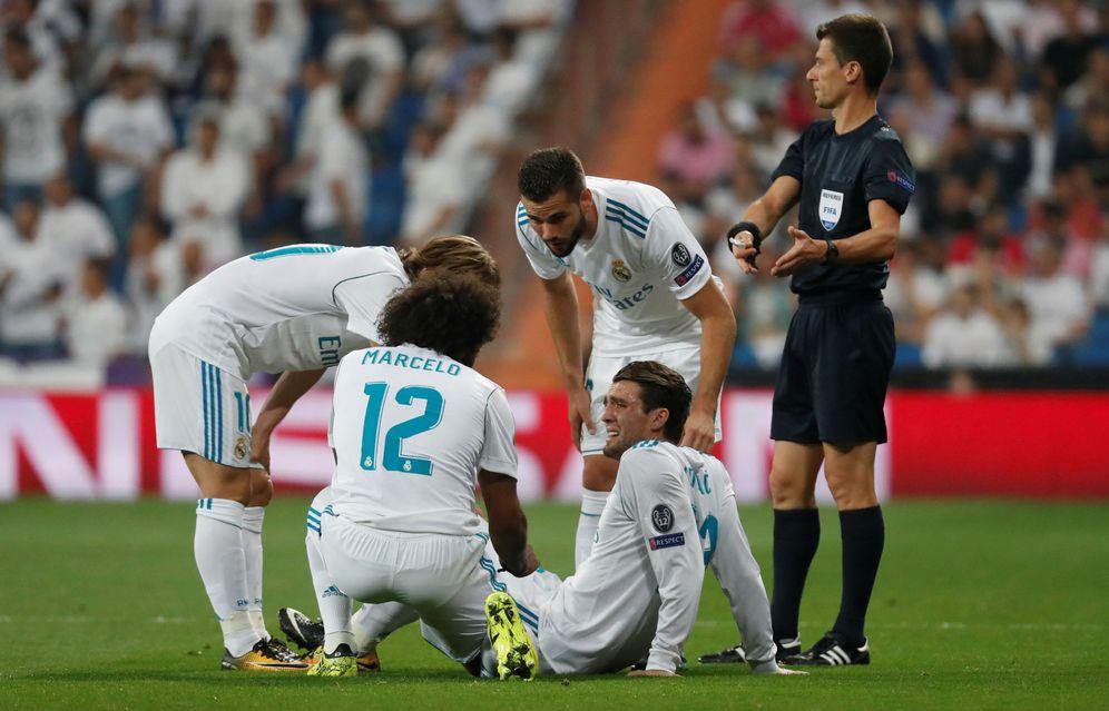 Foto: Mateo Kovacic se lesionó en la primera parte del Real Madrid-APOEL de Champions jugado este miércoles. (Reuters)