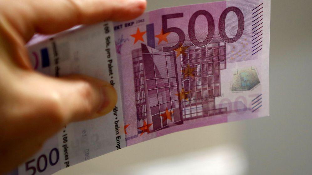 Foto Cambio De Divisas Euros A Libras Dólares Y Yenes