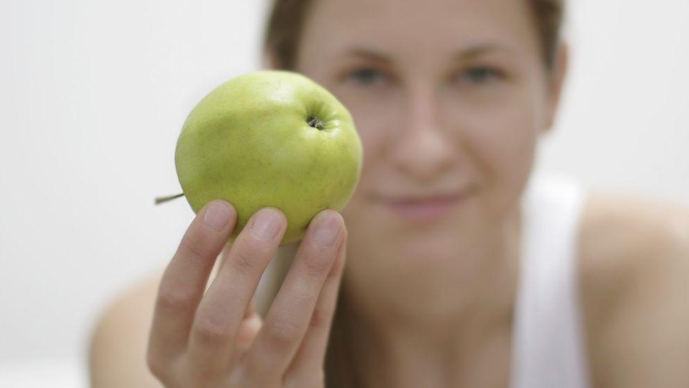 Los diez alimentos saciantes que te ayudarán a comer mucho menos