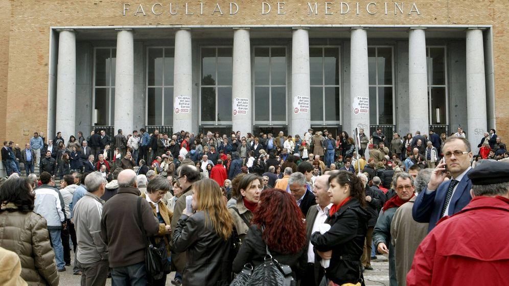 Foto: Vista de la Facultad de Medicina de la Universidad Complutense de Madrid. (EFE)