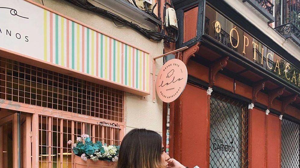 Foto: La influencer Mery Turiel con una sobrecamisa de cuadros de Zara. (Instagram)