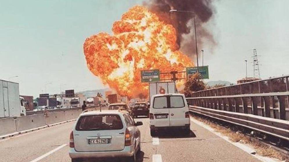 Foto: Explosión en Bolonia. (Twitter)