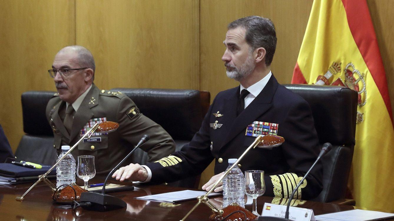 El JEMAD Alejandre se despide pidiendo a los militares defender al Rey: Ante todo España