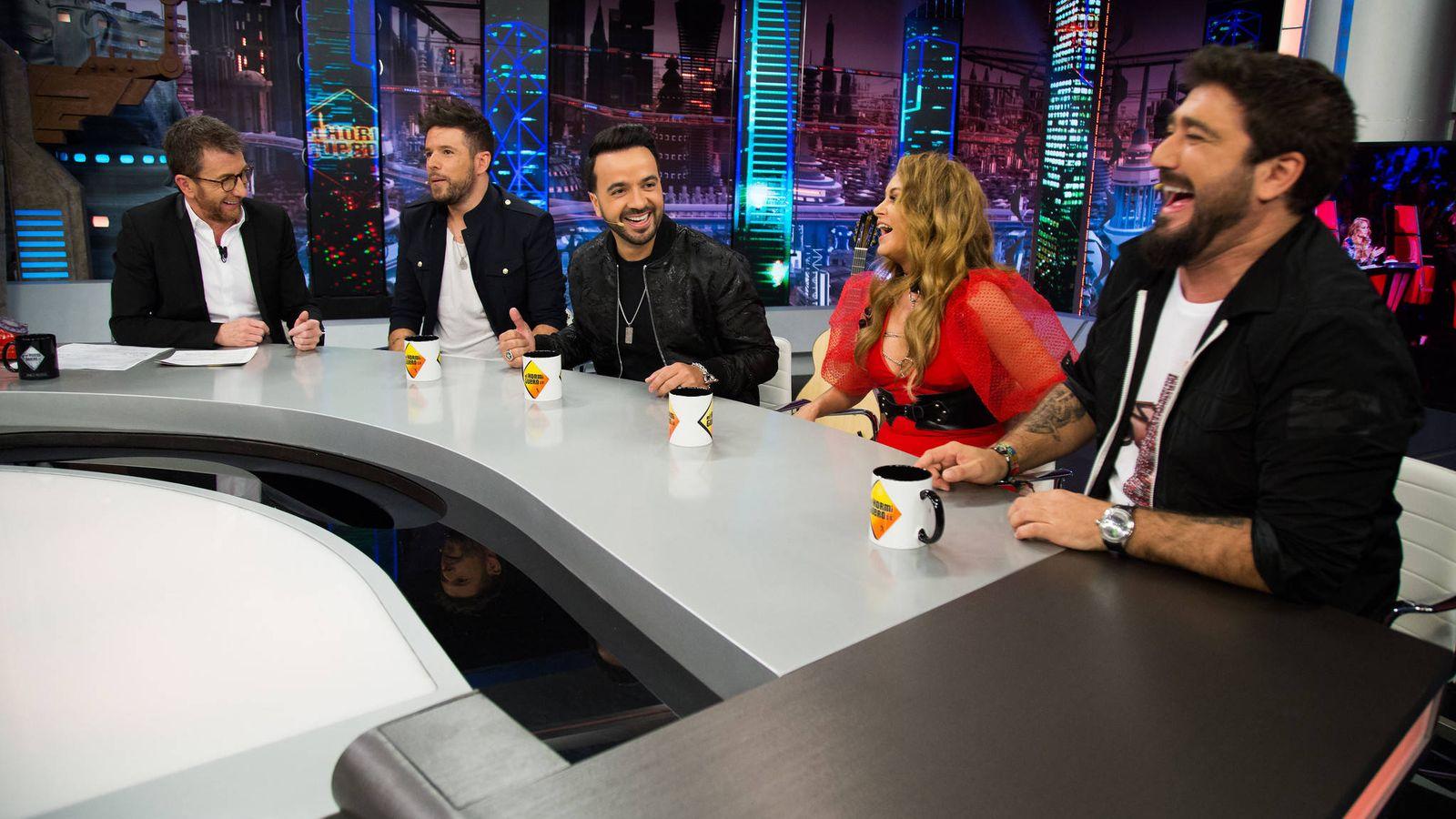 Foto: Pablo López, Luis Fonsi, Paulina Rubio y Antonio Orozco con Pablo Motos, en 'El Hormiguero'. (Antena 3)