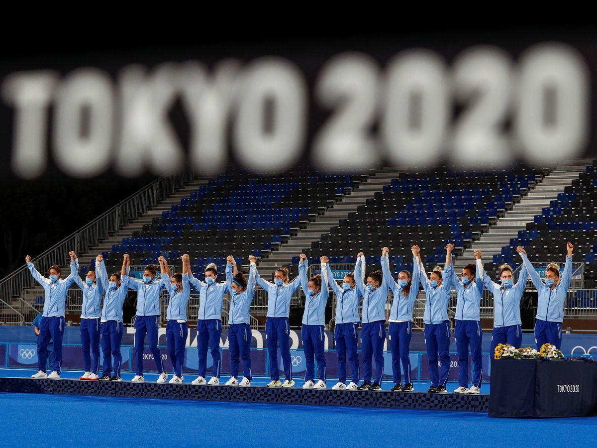 Foto: Argentina celebra su plata en hockey. (EFE)