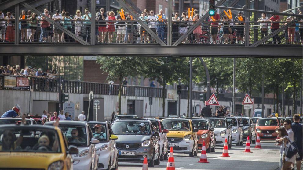 La 'Smartmanía' reúne en Hamburgo a 1.635 vehículos