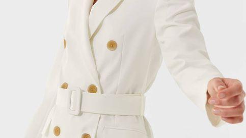 Los vestidos blazer dan una vuelta elegante (y adelgazante) gracias a Stradivarius