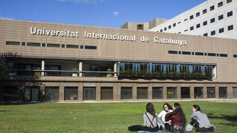 Foto: Campus de Salud Sant Cugat, de la Universitat Internacional de Catalunya. (Paul Mac Manus / CC)