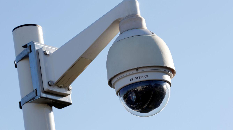 Cómo montar un sistema de vigilancia y seguridad en casa por menos de 100 euros
