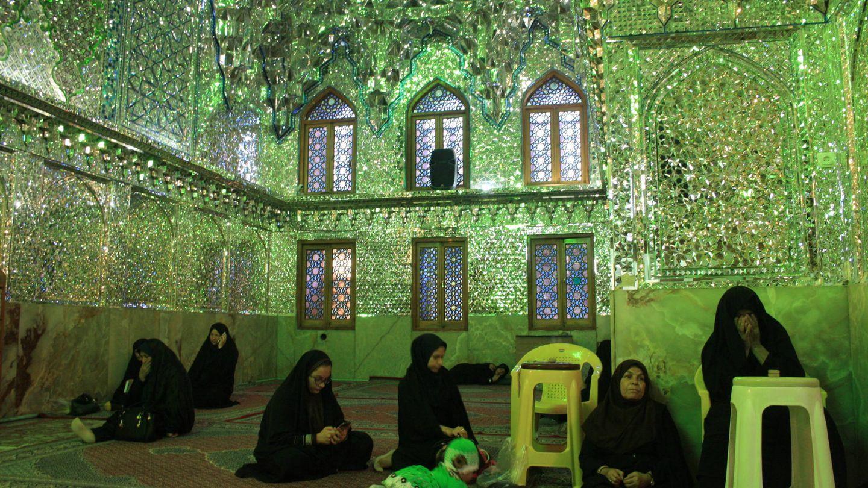 Interior de la mezquita Shah Cheragh (Shiraz).