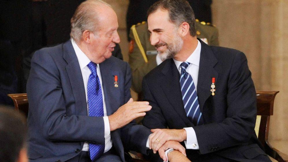 Foto: Felipe VI con su padre, el rey Juan Carlos I. (Getty)