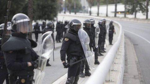 Unidades de la Guardia Civil se despliegan en La Jonquera para apoyar a los Mossos