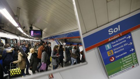 Dos detenidos por apalear y robar a un joven en la estación de metro de Sol en Madrid