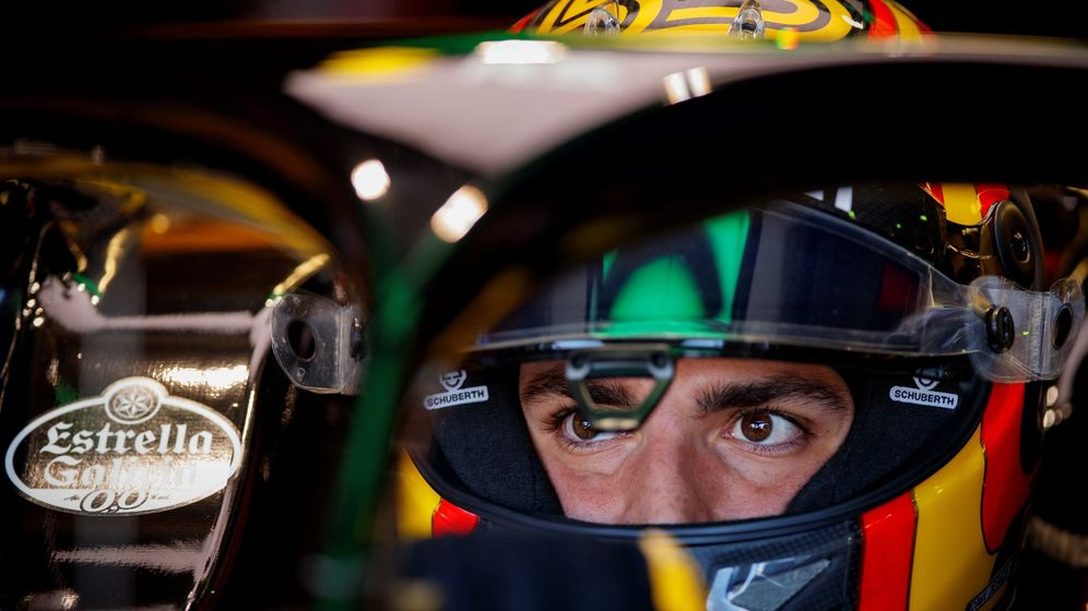 Foto: A pesar del accidente, Carlos Sainz ya se centra en el objetivo de entrar en el top 10 en la clasificación (EFE)