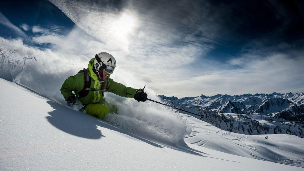 Cinco consejos básicos para no lesionarte cuando vuelvas a esquiar