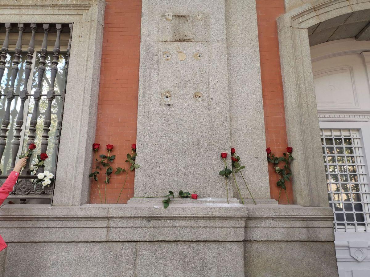 Foto: La placa de Francisco Largo Caballero. (EFE)