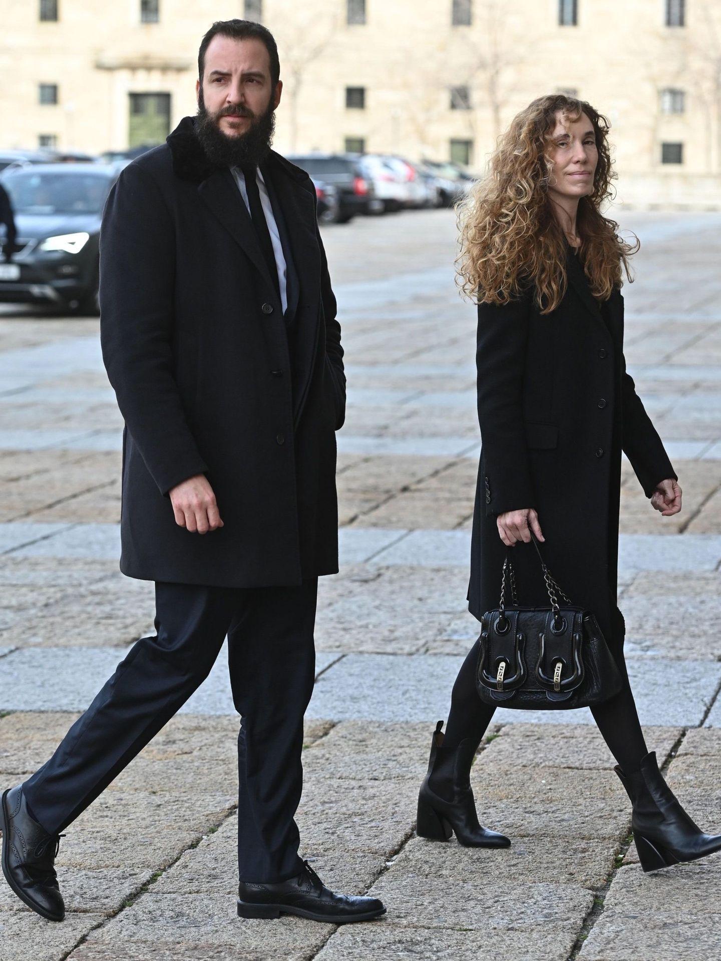 Borja Thyssen y Blanca Cuesta, en el funeral. (EFE)