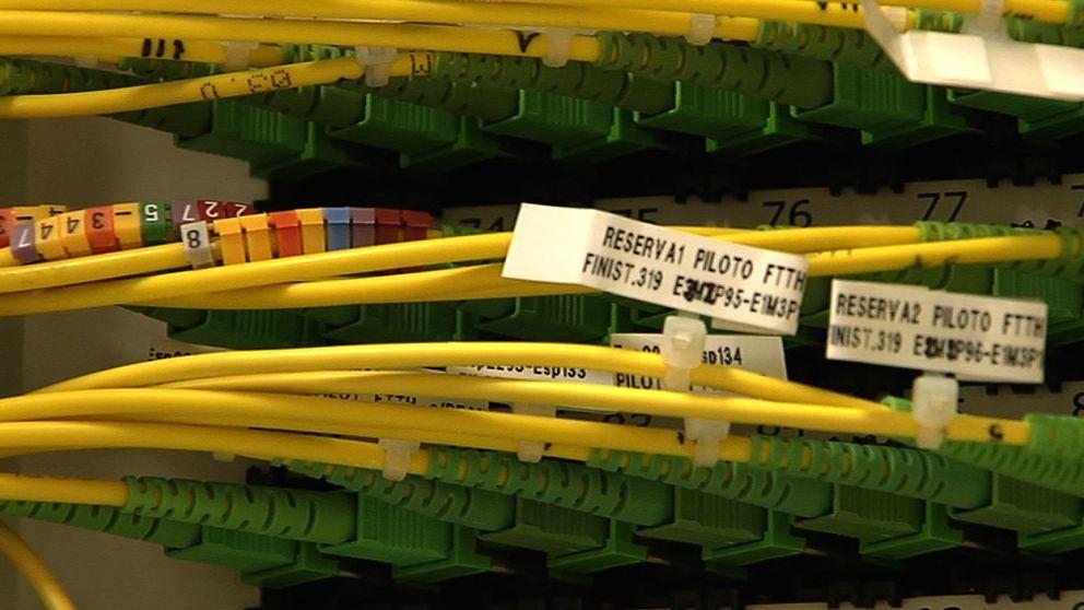 El cable gallego aún se firma con R