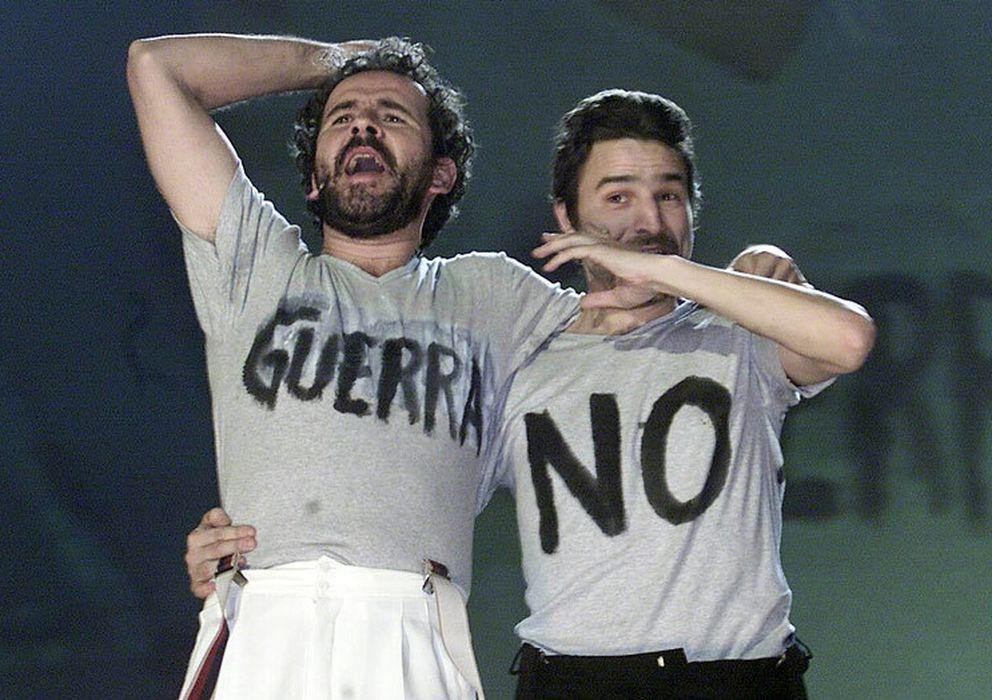 Foto: Willy Toledo y Alberto San Juan en la entrega de los Premios Goya de 2003
