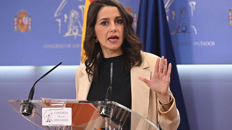 Arrimadas insiste en un acuerdo con Illa para evitar tripartito: Si el PSC gana, elegirá a ERC