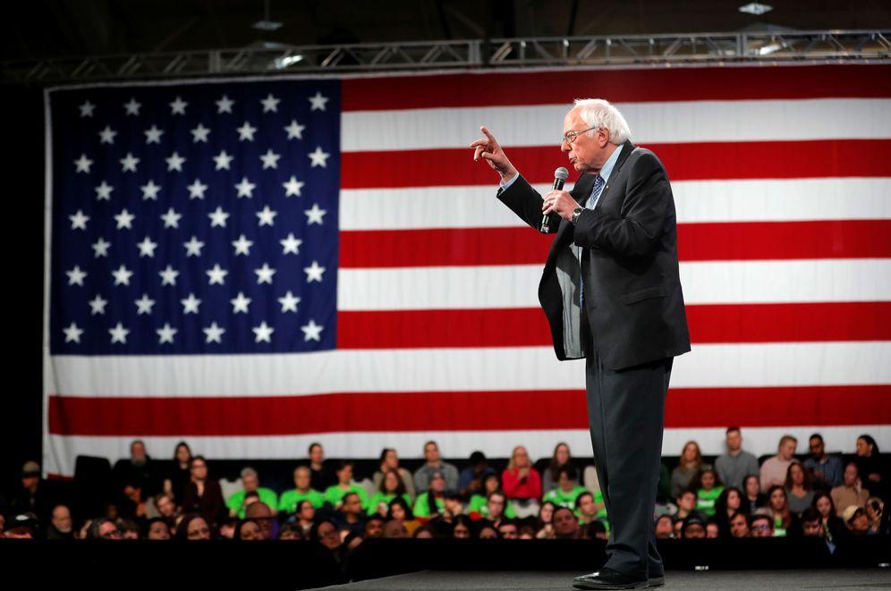 Foto: Bernie Sanders, ayer en un mitin en New Hampshire. (Mike Segar/Reuters)