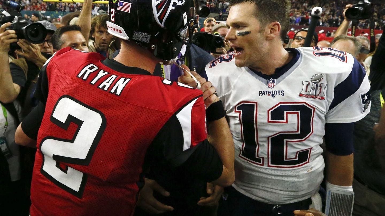 Ryan y Brady se saludan tras el partido (EFE)