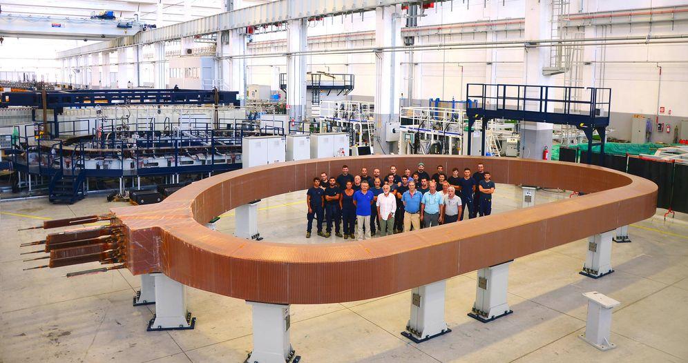 Foto: El imán mide 13 m de largo, 9 m de ancho y pesa unas 300 toneladas, tanto como un Boeing 747. (F4E/ITER)