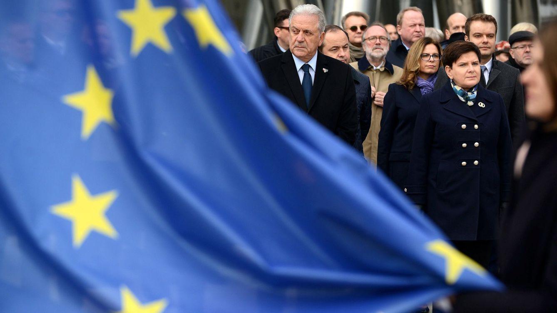 Foto: Avramopoulos en la nueva sede la Agencia Europea de Fronteras (Frontex), en Varsovia (EFE)