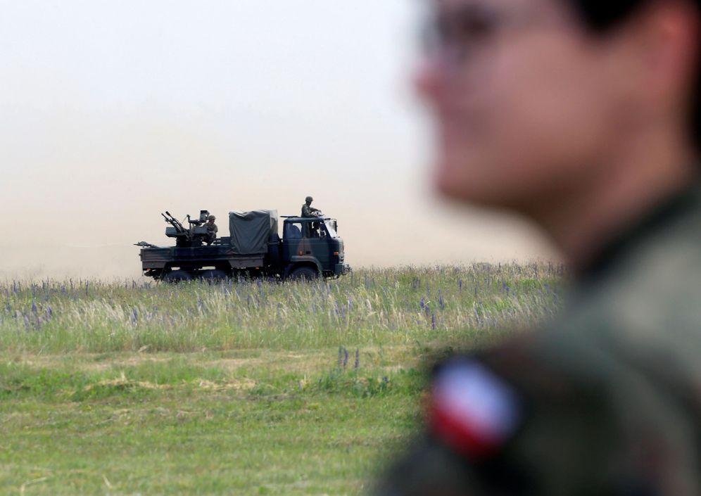 Foto: Soldados de la OTAN durante los ejercicios militares Saber Strike en Orzysk, Polonia, en junio de 2017. (Reuters)