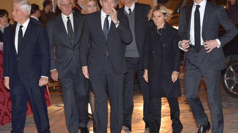 Los hijos de la duquesa en su funeral. (Getty)