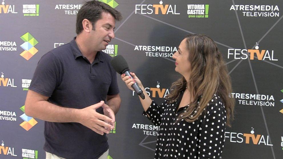 Arturo Valls, contenido y emocionado en 'Me cambio de década'