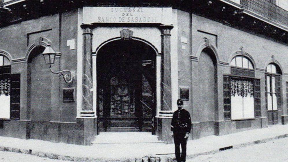 Foto: Sucursal de Banco Sabadell en Buenos Aires (Argentina), en 1891. (AHBS)