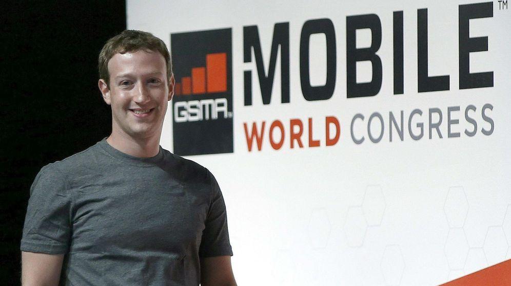 Foto: El fundador y CEO de Facebook, Mark Zuckerberg, en una edición del MWC. (EFE)