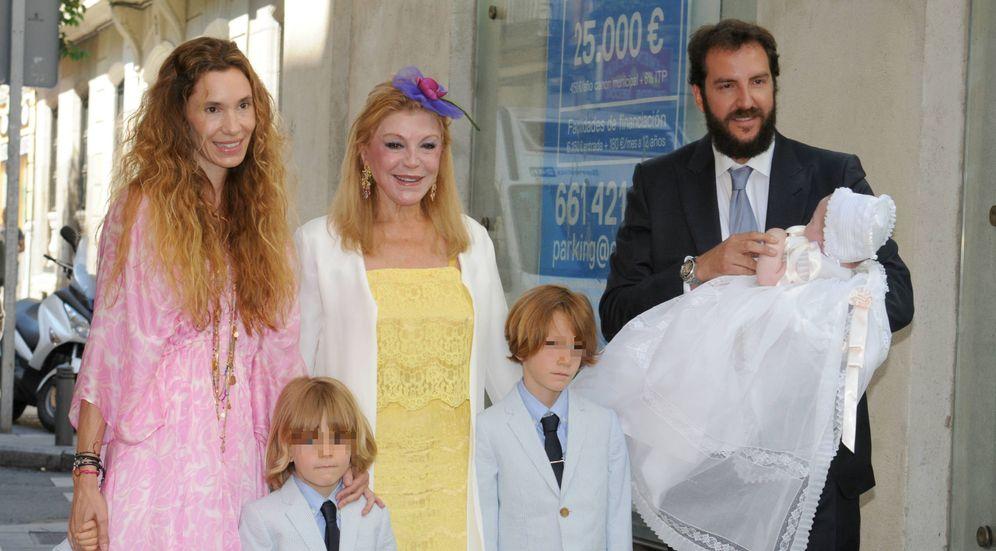 Foto: Los Thyssen en el bautizo de los hijos de Borja (Gtres)
