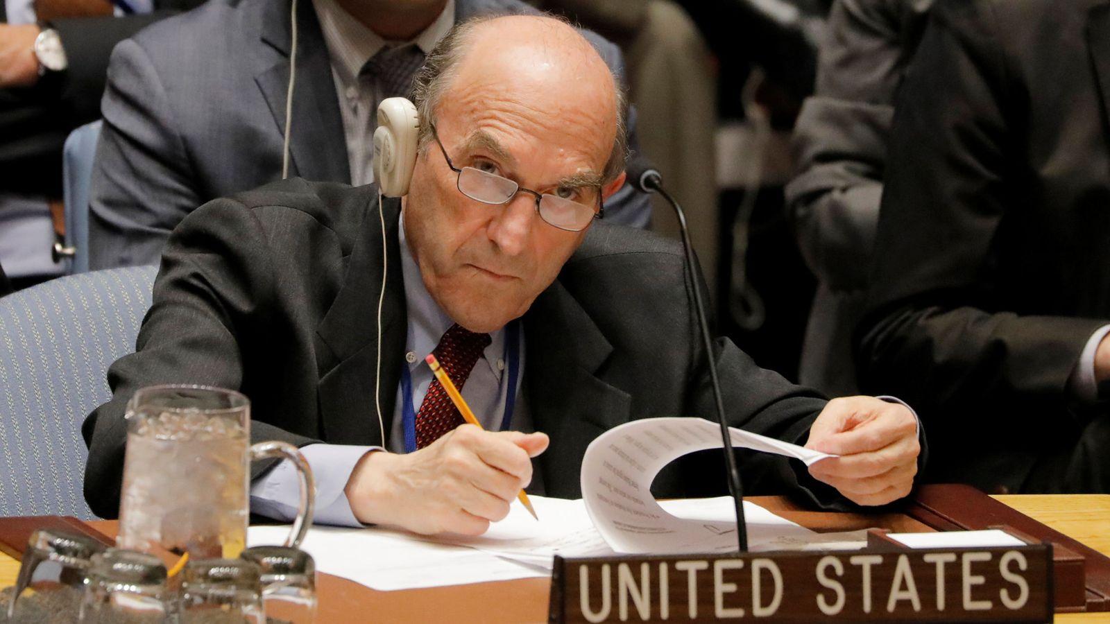 Foto: Elliott Abrams, presentando el proyecto en la ONU.
