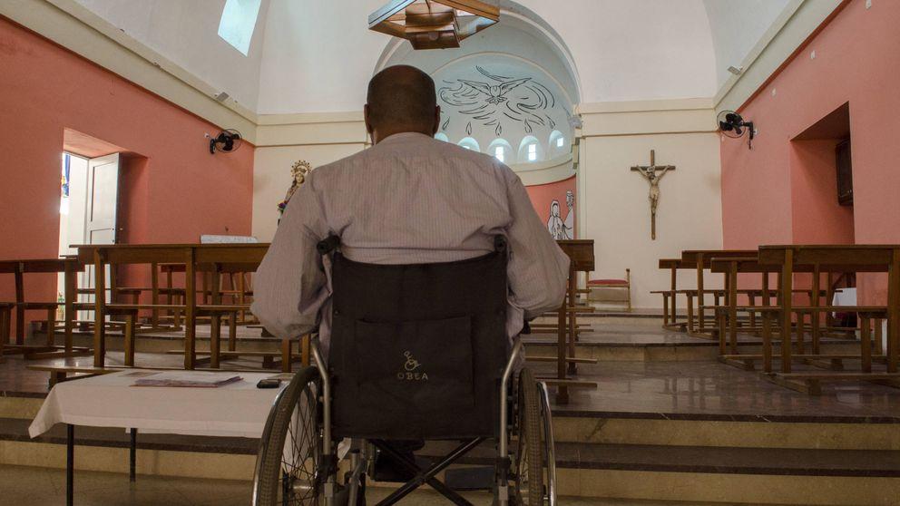 El musulmán minusválido que salvó la última iglesia española del Sáhara