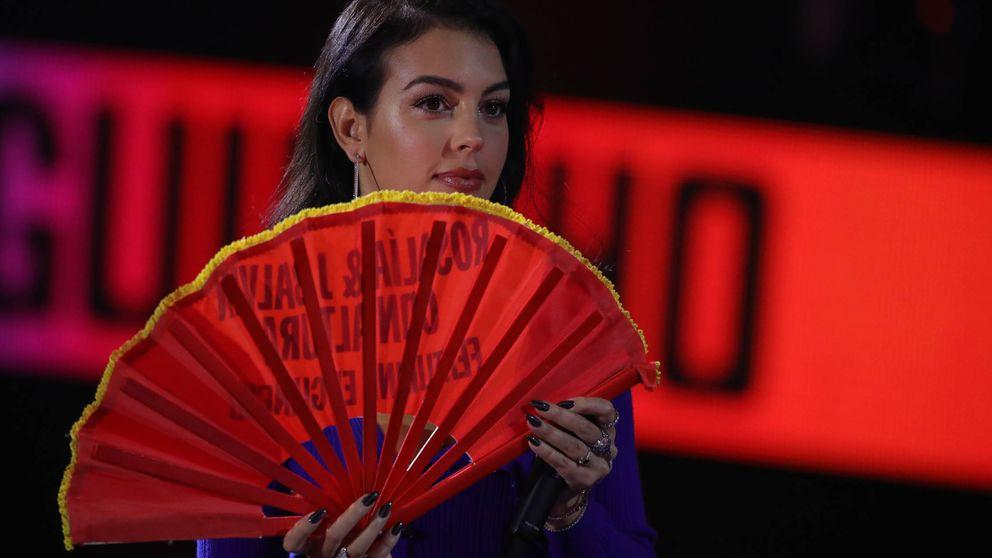 Georgina Rodríguez nos confirma en Sevilla cuál es el color especial: lo tienes en Asos