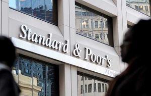 S&P eleva las calificaciones crediticias de BBVA y Santander