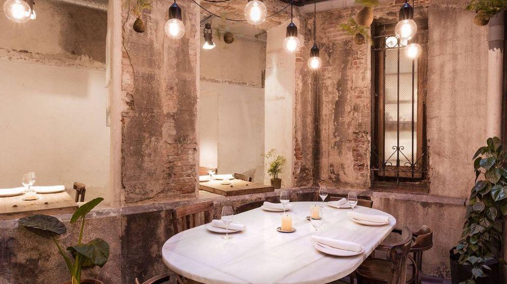 Foto: Una de las mesas del restaurante Fismuler en Madrid.