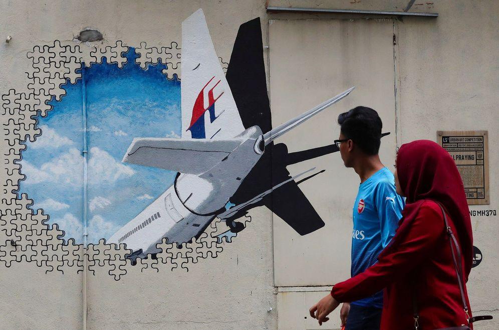 Foto: Mural del vuelo MH370 en Kuala Lumpur. (Reuters)